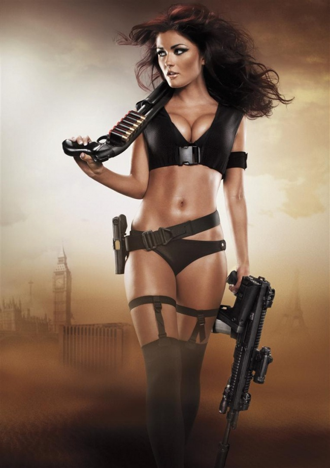 954db26de803c44335cd64c54dbe44f3--bad-girls-guns-girls