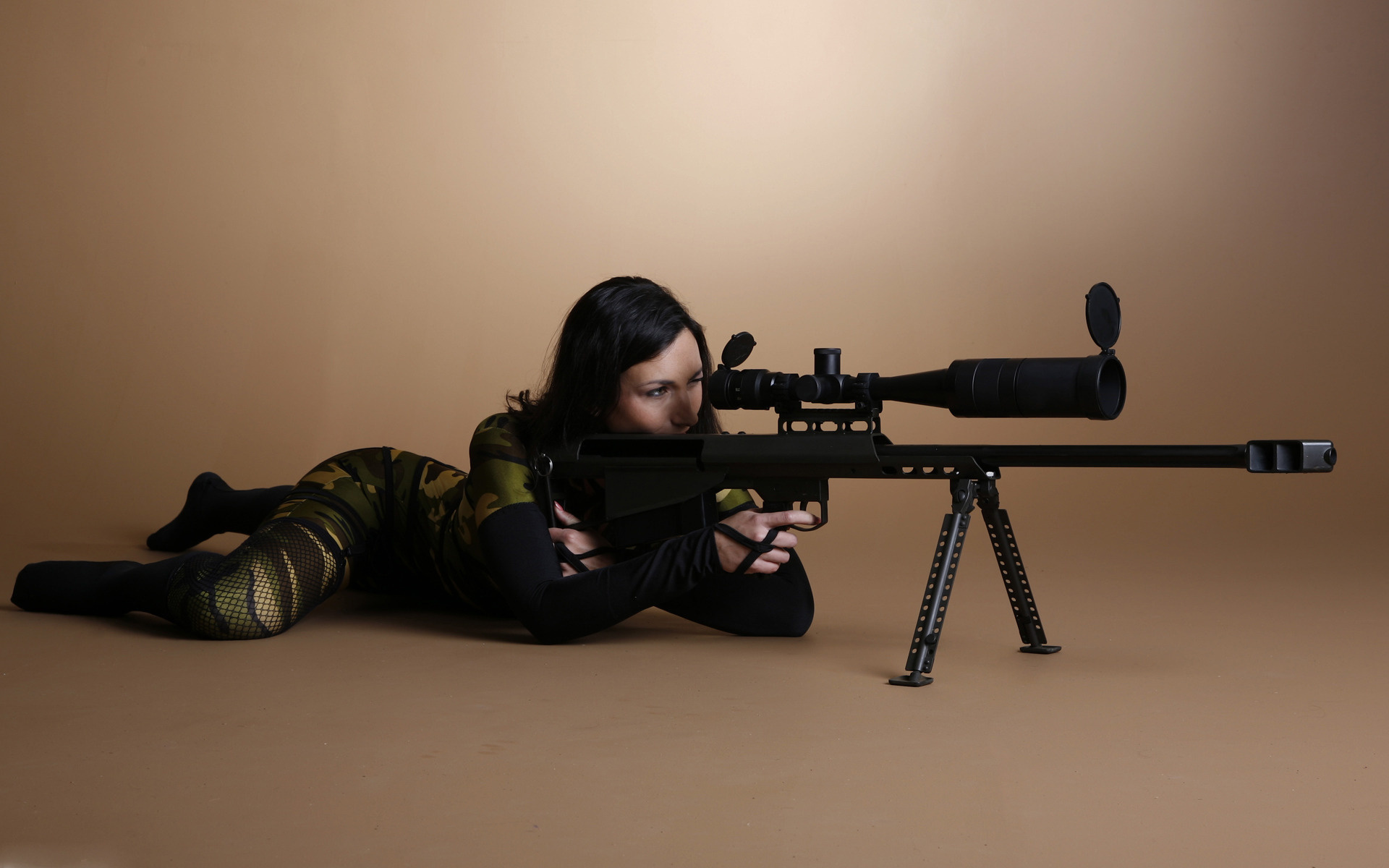 Copia di awesome sniper girl desktop background wallpaper