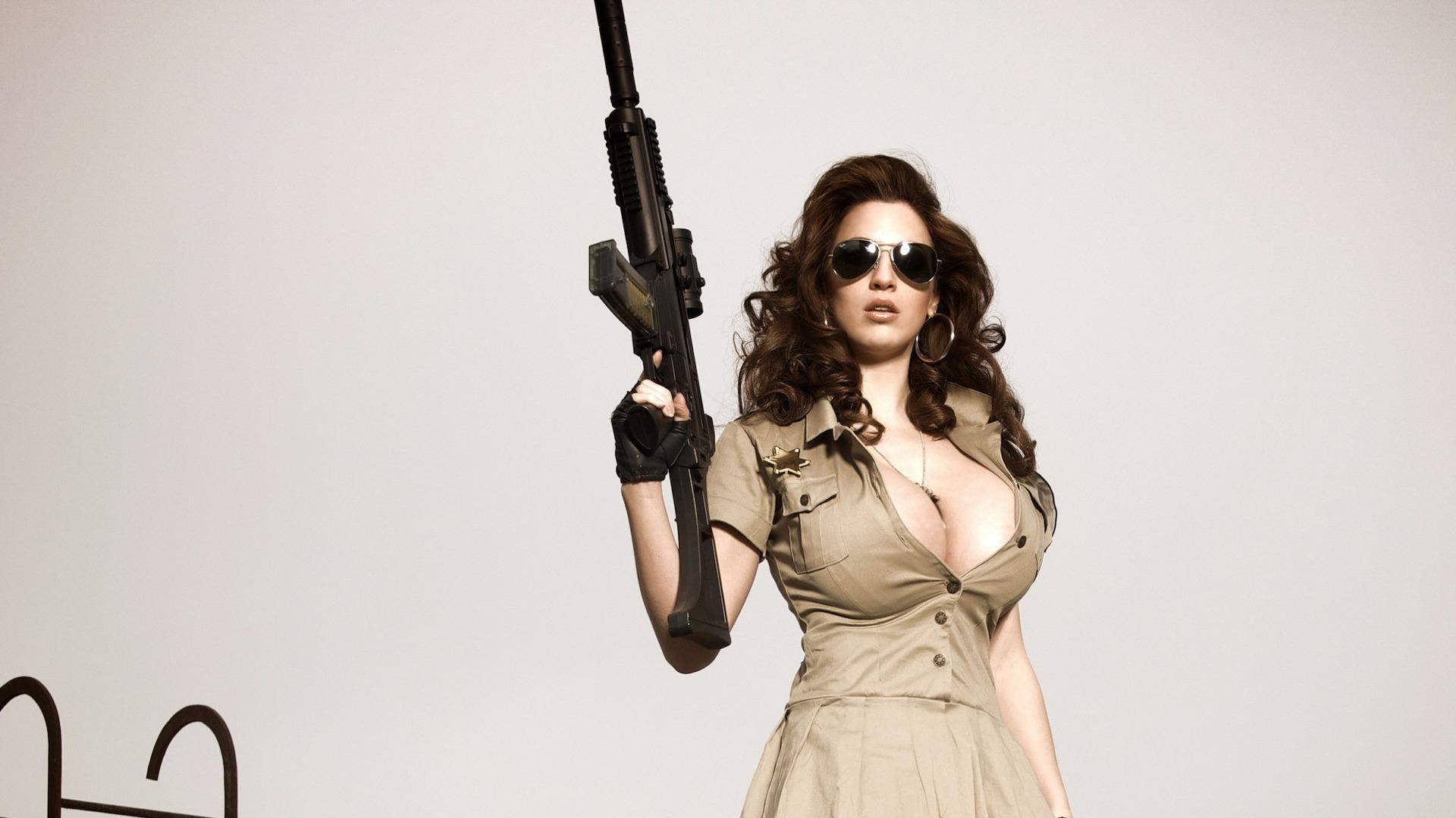 Copia di gun vector military with girl full screen hd wallpaper